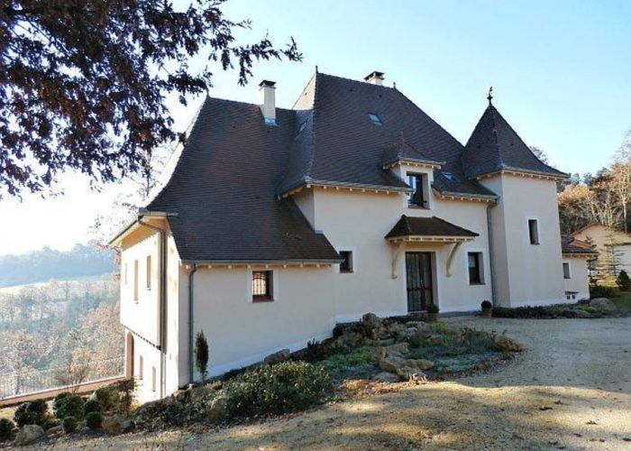 Hus säljes i Le Buisson de Cadouin