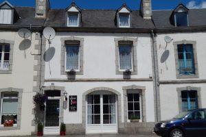 Byhus i Bretagne