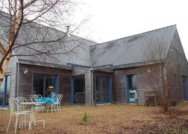 Trähus till salu i Bretagne