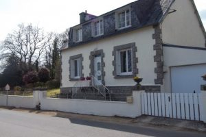 Hus till salu i Bretagne Huelgoat 907