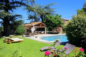 Charmigt hus till salu i Provence. Köpa hus i Oppède in Vaucluse, Lubéron. Villa säljes i Provence. Köpa drömställe i Provence! Frankrike.