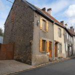 Byhus till salu i Limousin. Köpa hus i Limousin.