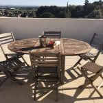 Hus i Provence med utsikt och pool. Vauvert. Köpa hus i Provence. Hus till salu i Vauvert.