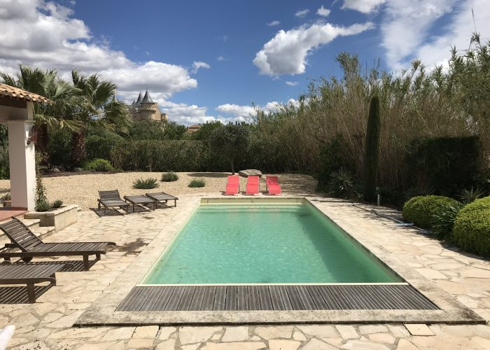 Stor villa uthyres i Languedoc i den pittoreska byn Margon. Hérault, Occitanie, Hus. Hyra, uthyres. Semesterhus i Languedoc. Hyra hus i Languedoc.