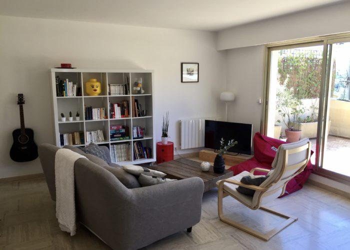 Beautiful Duplex for sale in Vence on the French Riviera. Fin lägenhet till salu i Vence på franska rivieran. Alpes-Maritimes. Semesterlägenhet i Frankrike.