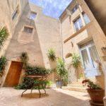Herrgård byggt på 1700-talet säljes i södra Frankrike!